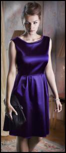 Petite Ladies Purple Beaded Neck Stretch Satin Prom Dress.