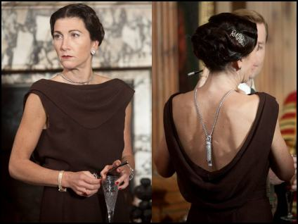Eve Best Plays Wallis Simpson - The King's Speech Diamond Necklace Jewellery.