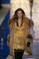BLUMARINE - Golden fox oversized collar and cuffed coat