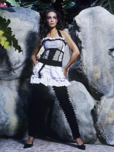 PINaR ERIS FASHION DESIGN 2005 WORN BY ANDREA