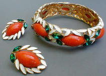 Fashion-era picture of Marvella enamel costume jewellery pieces from Glitterbug