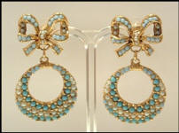 Vintage jewellery store V4 vintage earrings
