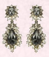 House of Fraser 'Babe' Gold & black stone drop earrings �79.