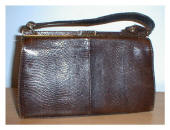 Picture of vintage handbag clearly displayed.