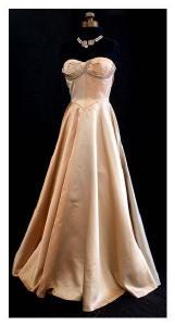 Vintage c.1950 dress by Mainbocher from vintagetextile.com.