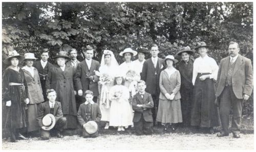 old wedding photo 1917 fashions