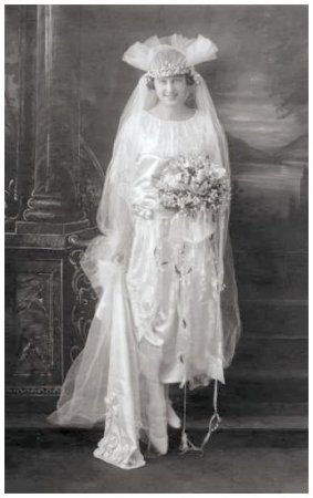 1922 Old Wedding Photo of the Bride Evelyn Griffith.