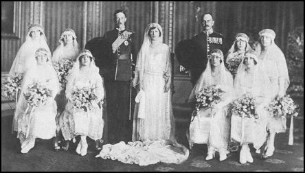 The 1922 Old Wedding Photograph of Princess Mary of England to Viscount Lascelles