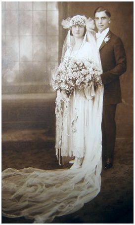 Lace Border Hem Wedding Dress Unknown Date C1922