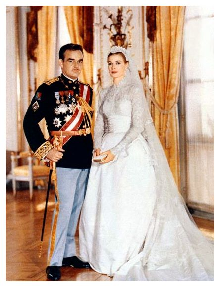 http://fashion-era.com/images/Wedding/1950s_weddings/1956_wedding_rain_grace.jpg
